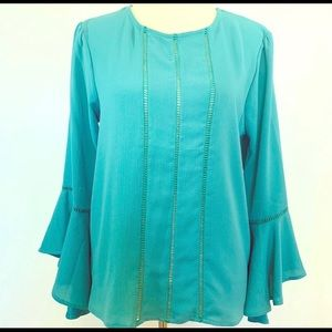June & Hudson Bell Sleeve Top Medium